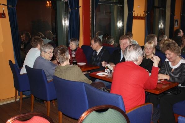 Svyl pikkujoulut 3.12.2008 ravintola Marian Helmi