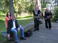 Viljandin trubaduurit musisoivat tanssilavalla
